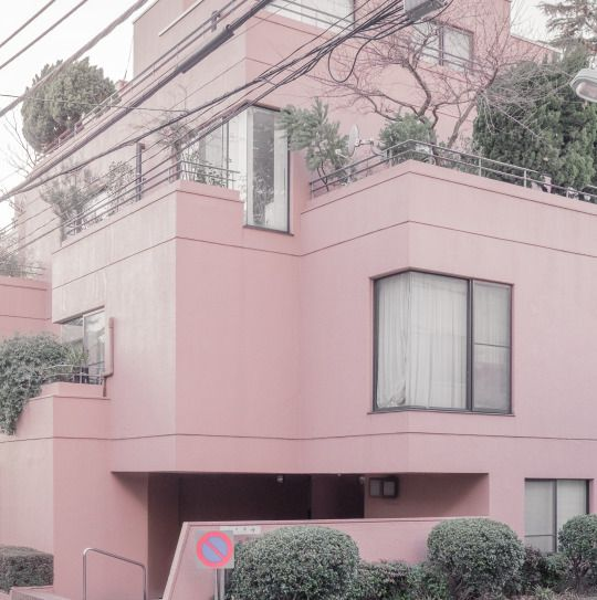 Pink & Green, Meguro, Toyko | © Jan Vranovský, 2016  #RePin by Dostinja - WTF IS FASHION featuring my thoughts, inspirations & personal style -> http://www.wtfisfashion.com/