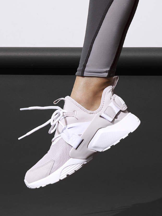 Pink nike shoes, Nike air huarache