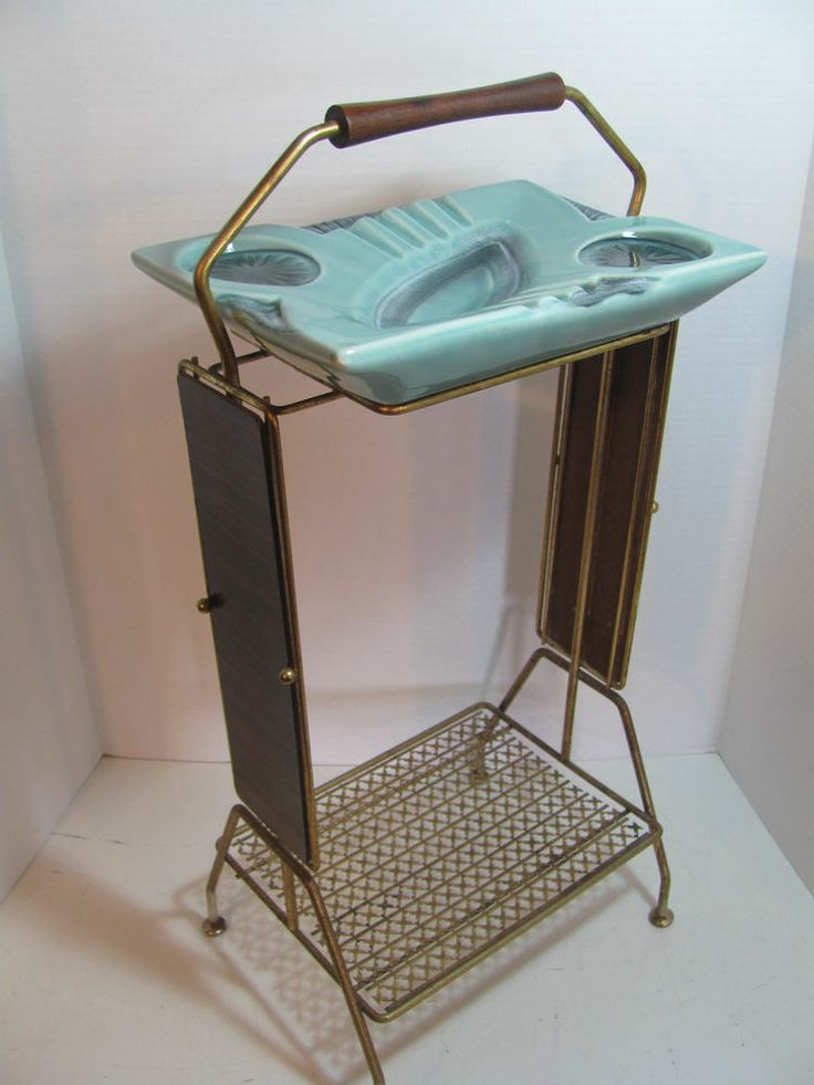 RETRO MID-CENTURY WIRE ASH TRAY SMOKE STAND  Have this exact one!