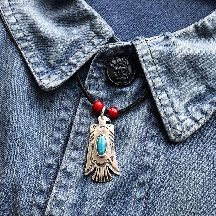 Larry Smith Thunderbird Pendant. (made in japan, turquoise, craftsmanship)