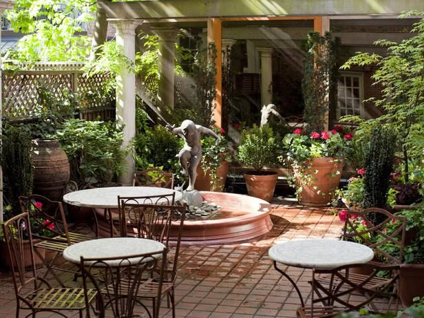 Mediterranean Garden Patio : Outdoors : Home & Garden Television
