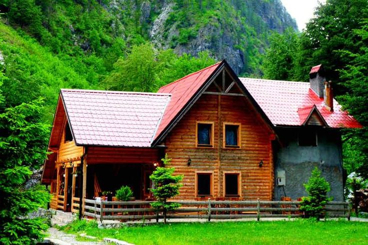 The famous Hotel Rilindja in Valbona. Image by Les Haines / CC BY 2.0