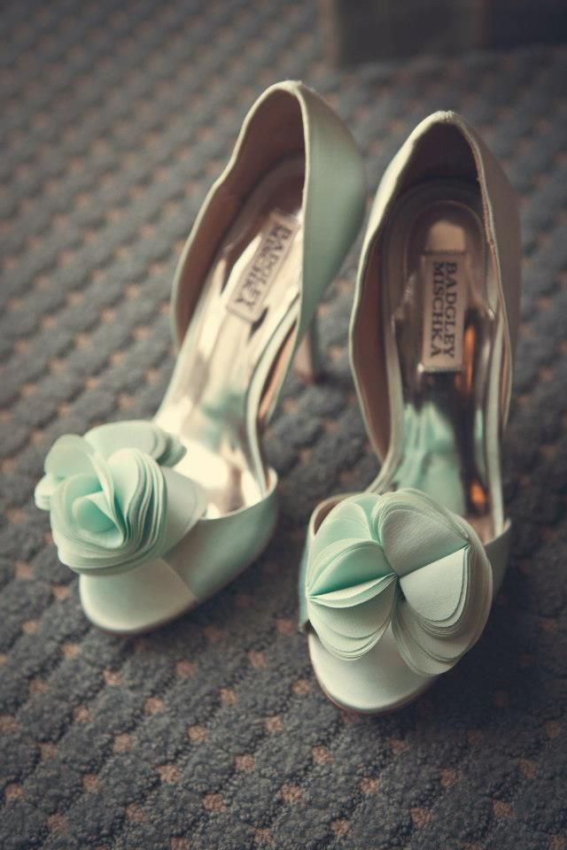 Badgley Mischka sea green mint wedding shoes! Perfect Wedding day shoes!-- Aimee Reynolds Photography   Keywords: #mintweddings #jevelweddingplanning Follow Us: www.jevelweddingplanning.com  www.facebook.com/jevelweddingplanning/