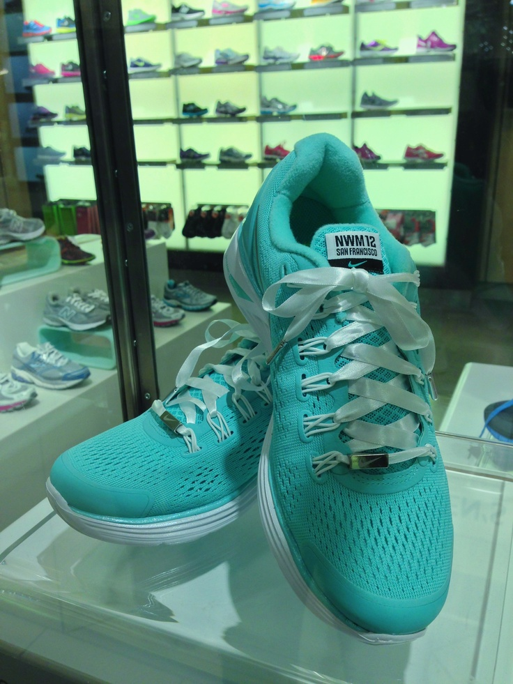 Special edition tiffany blue nike shoes for the SF Nike Women's Marathon, I want to do this in 2014!