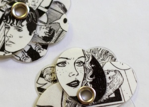 Comics earrings!