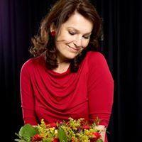 De Bloemenfee. Workshops bloemschikken, voor volwassenen en kinderen. Bloemstukken mogelijk op bestelling. Formule verjaardagsfeestje.