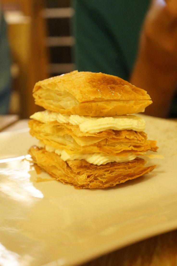 I tried this dessert from special menu in Mediterranea Restaurant(Yogyakarta) last friday, it's yum and sweet.