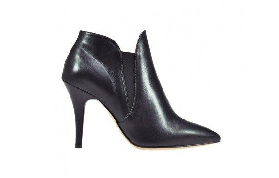 Alberta  € 172,00 #fashion #shoes #voltan1898