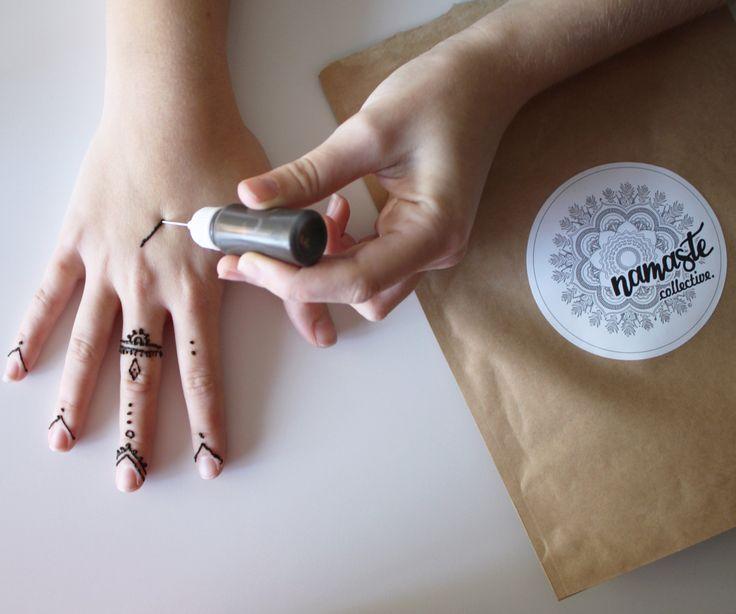Natural Henna Kit: Enough for 40 designs! de NamasteCollectivee en Etsy https://www.etsy.com/es/listing/238137580/natural-henna-kit-enough-for-40-designs