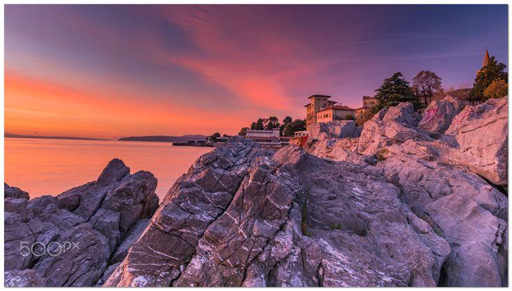 Sonnenaufgang in Kroatien - Lovran - Dieses Bild wurde während eines Morgenshootings im Herbst 2017 in Lovran - Kroatien aufgenommen.  Hier gibt es auch ein Video dazu.  https://youtu.be/PUKdphwUU18  This picture was shot during a morning session in croatia - Lovran in autumn 2017.