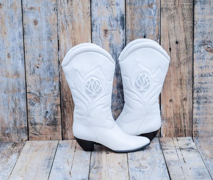 Ivory Leather Boots, Us 6 1/2, Uk 4.5, Eu 37, White Leather Boots, Cream Cowboy Boots, Womens Cream Boots, MADE in ITALY, Ivory Leather Boot by FauxyFurrVintage on Etsy