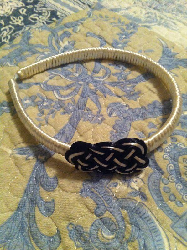 Black N White hairband knot