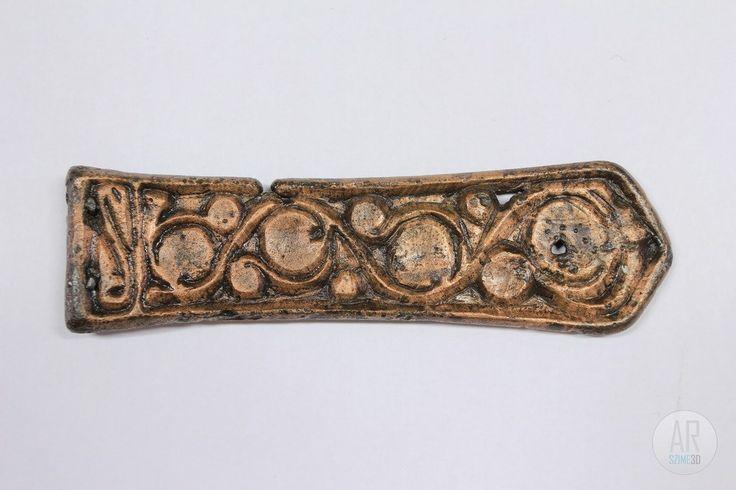 Avar Age cast bronze large-belt end - Szime 3D AR