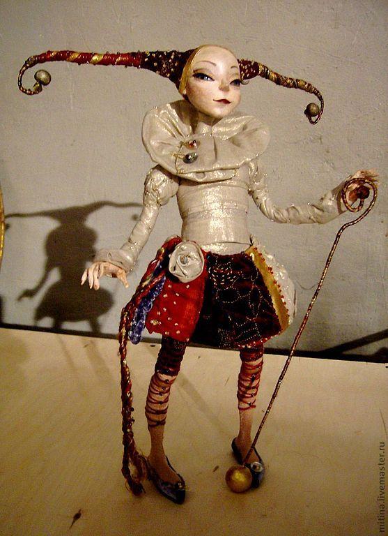 кукла акробатка видео