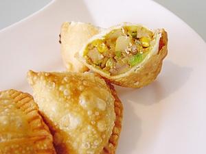 KIRIN_おつまみ道場│料理レシピ「手作りサモサ」 :お酒にぴったりのおつまみレシピが満載!