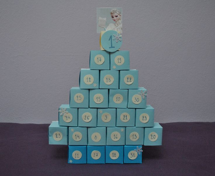Handmade Elsa's Christmas advent calendar #diy #frozen