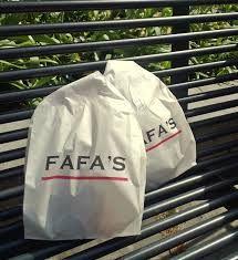 Aivan Isoroban alussa hyvää falafelia. Fafa's on pieni ja suosittu, joka take-away on hyvä vaihtoehto. Iso Roobertinkatu 2.
