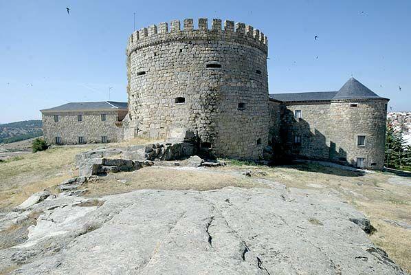 Castillo de Magalia de Las Navas del Marqués