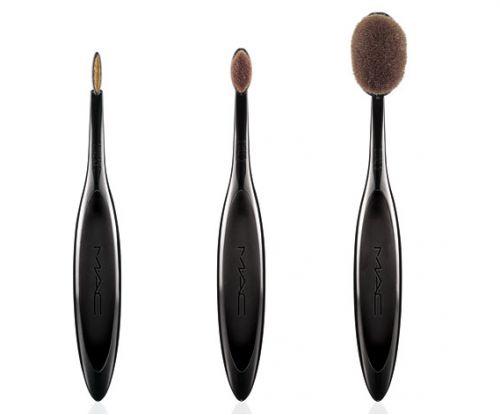 Les pinceaux de maquillage Mac nouvelle génération #pinceau #maquillage #mac #brush #makeup #beauté #beautyaddict #makeupaddict #monvanityideal
