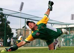 South African Mark Boucher could play again - doctor http://www.newsx.com/story/boucher-could-play-again-doctor