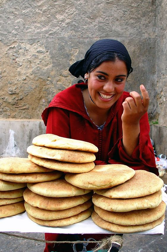 A lovely smile lifts the spirits wherever you are in the world. Morocco is certainly no exception.