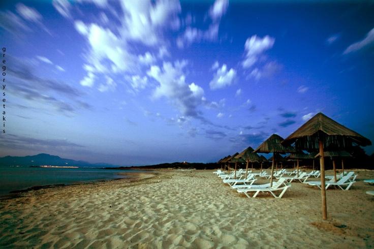 The golden sandy beach on the the island Xrysi -Gaidourοnisi in #Ierapetra.   |Η χρυσή αμμουδιά στη Νήσο Χρυσή ( Γαϊδουρονήσι).        (  cc-by-sa 3.0 )