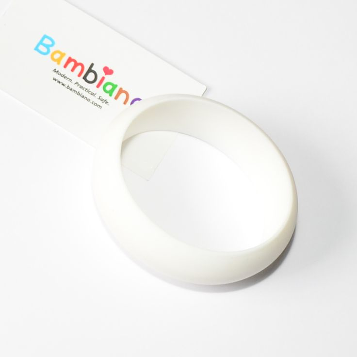 Bambiano Hoola Bangle in Sparkling White. Bambiano Bangles are made of 100% Food grade silicone. BPA free, Lead free and nontoxic. Fashionable for Mums and safe for teething babies to chew on. Bracelets are washable and soft on baby's gums. Shop at www.bambiano.com