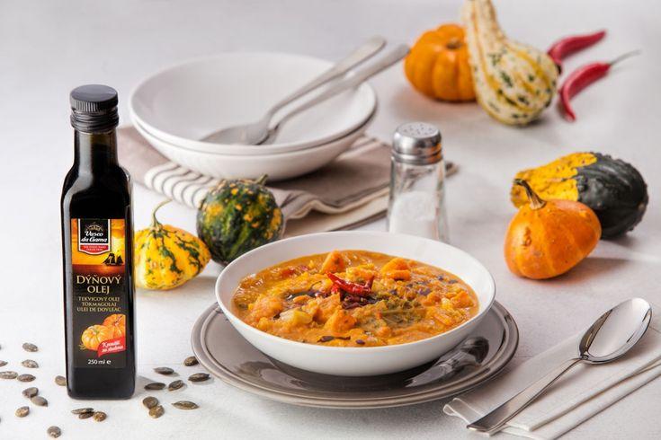 Dýňová polévka s chilli a podzimní zeleninou