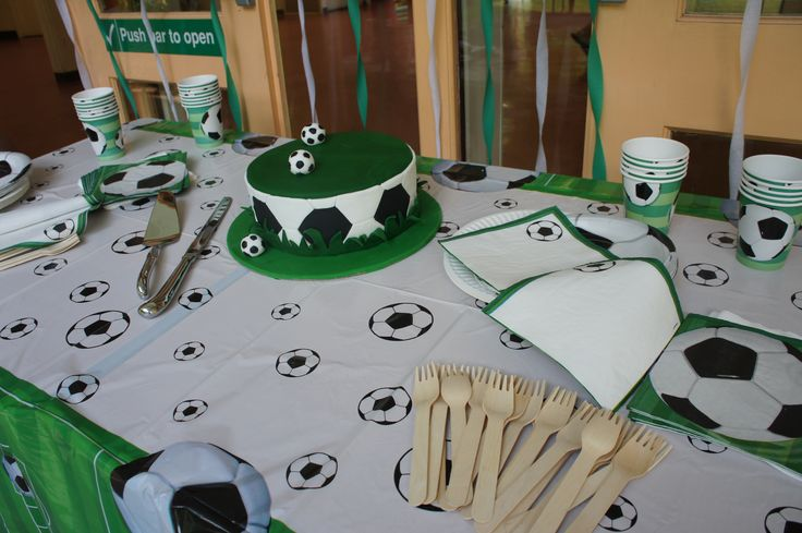 Soccer Party Table Setup