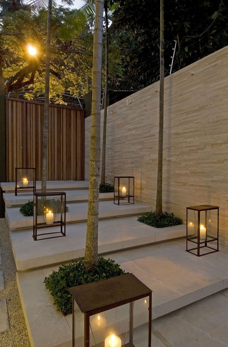 Garden Fence Lights Ideas
