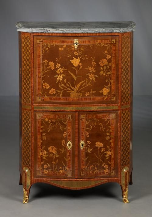Dutch Transitional Fall-front Sécretaire Cabinet, ca. 1775