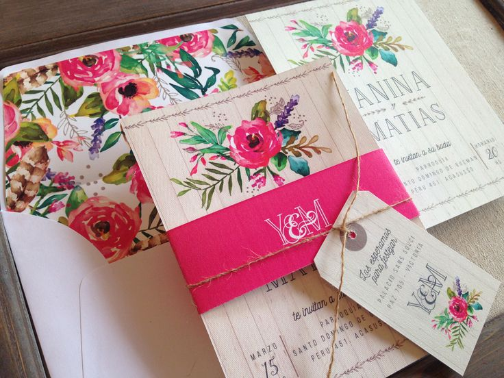 Tarjetas de Casamiento, Modelo RoseBud by The Lovely Card. Decile si a…