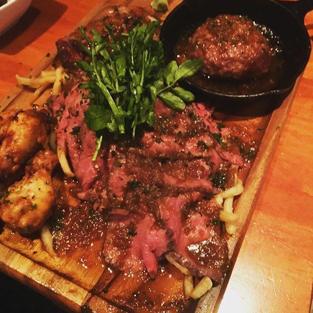 ドヤっ‼︎美味しかった🍖✨ お店の名前が #29食系直球居酒屋river 29食系です😂✨お店の人もスゴく良い人達だった💛 #上州和牛 #ローストビーフ #ローストポーク #ハンバーグ #タンドリーチキン #歓喜の29盛り #お肉 #肉 #river #beef #pork #chicken