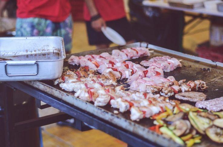 ROCK IN RIVA 2017, Abbadia Lariana. Folkabbestia, C'esco e i Musicanti di Brahma, Bianchi Sporchi, Minipony. Fotografie di Chiara Arrigoni.    #RockinRiva #Lecco #livemusic #details #food #spiedini #griglia