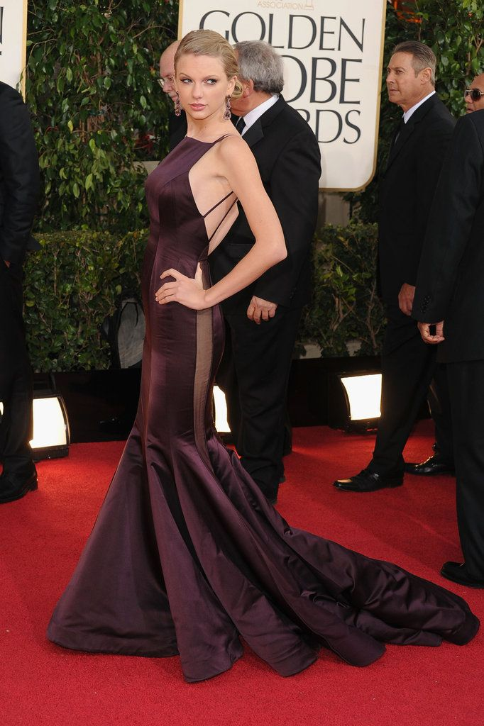 Taylor Swift in Donna Karan Atelier on the Golden Globes Red Carpet 2013