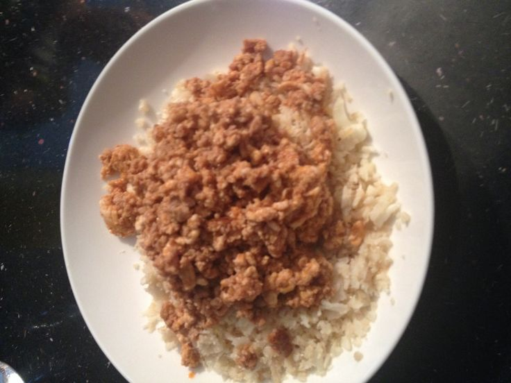 Turkey mince with mixed spices on top of cauliflower rice ...
