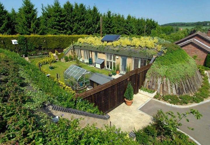 The earth sheltered house uses the ground as insulating blanket which effectively protects it from temperature extremes, wind, rain and extreme weather events. An earth sheltered home is energy-efficient, quiet, freeze-proof and low maintenance. Aesthetically an earth sheltered home blends in with the natural environment, leaving more yard space and more space for wildlife.