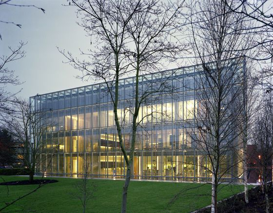 John E. Jaqua Center for Student Athletes at the University of Oregon by ZGF Architects LLP | Universities