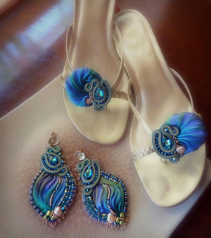 Shibori earrings and sandals by Serena Di Mercione
