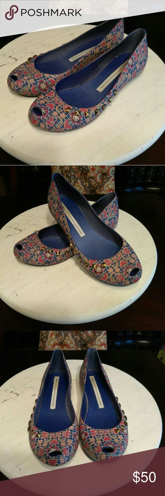 4:20 SALE!!! Melissa Por Herchovitch-Print Flats SALE WILL END AT 4:20PM TOMORROW!!!😀😎  Tis' the Season!!! Definitely should bring in the Season with these Melissa Por Herchovitch;Alexandre Rubber Flat!!! Talk about WATERPROOF!!! Purple/Pink/White Pattern w/Studs, and a Lil' Peep-Toe action!!! (Whew that's a combo)!! Great condition inside and out, with all Studs intact 😀Great shoe, great brand, and great price 😉! Let's make some offers Ladies!!!👠😎😍 Melissa Shoes Flats & Loafers