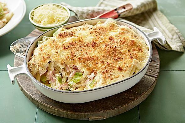 Macaroni met kaas, ham en prei https://www.zininmeer.be/koken-en-eten/ovenschotels/recept/macaroni-met-kaas-ham-en-prei