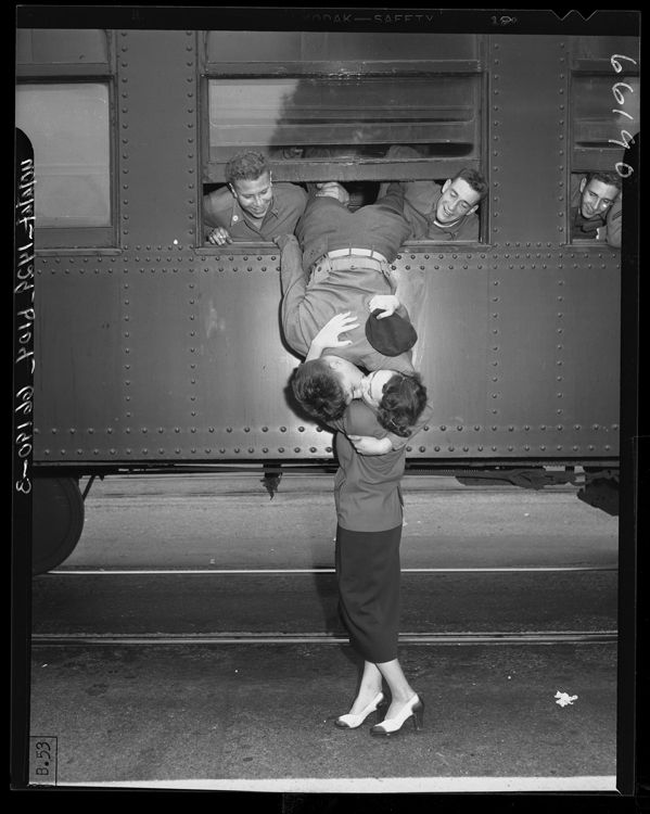 This is pretty adorable...a kiss goodbye