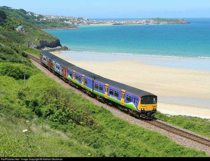 Carbis Bay. Train to st Ives