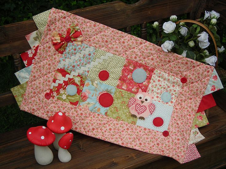 """""""Dottie"""" by Sally Giblin of The Rivendale Collection. Finished table runner size: 15½"""" x 29""""  #TheRivendaleCollection stitchery, appliqué and patchwork patterns. www.therivendalecollection.com.au"""