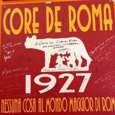 Core de Roma è il primo, vero e unico ristorante romanista della Capitale. Qui potrai vedere le partite della AS Roma e mangiare i migliori piatti della cucina tipica romana. #asroma #roma #calcio #pizzeria #ristorante #totti #francescototti #curvasud #forzaroma #romalazio