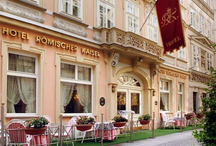 Historic hotel Römischer Kaiser, located in a small Palais in the centre of Vienna
