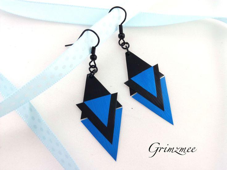 """Boucles d'oreille """"triangles"""" bleues et noires en capsule de café Nespresso"""