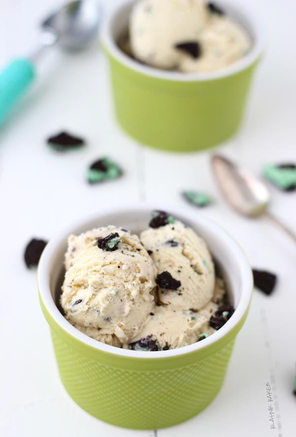 Creamy homemade vanilla bean ice cream is spiked with baileys Irish cream and filled with crunchy mint Oreo chocolate cookies for a delightful treat.