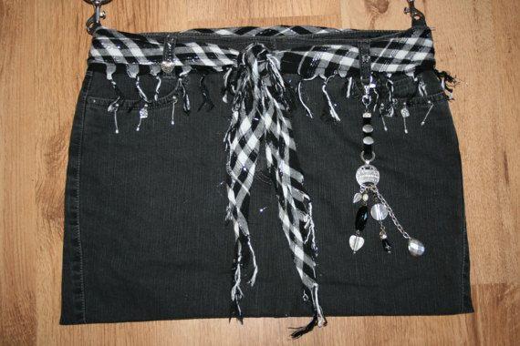 Jeanstasche schwarz mit Taschenbaumler Umhängetasche
