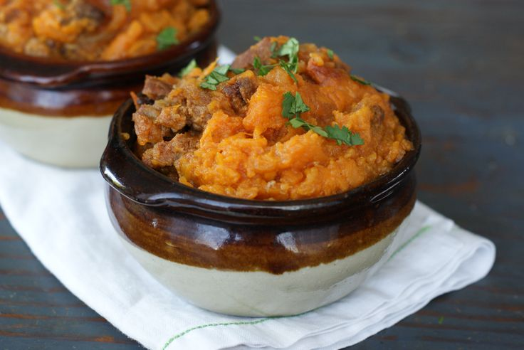 Chorizo Mashed Yams! An easy one-pot, healthy, flavorful #paleo meal.